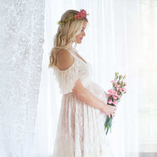 IMG_7370 amanda maternity window light w