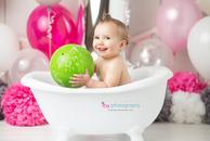 Cake smash, one year old girl, baby girl, baby photographer, newborn photographer, infant photographer,  hot pink, white, grey, bath, baby tub, ball