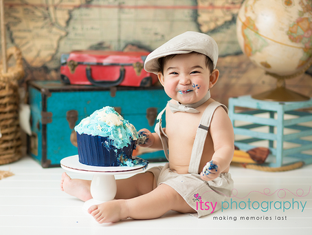 Baby Wyler World Travel Cake Smash Session ~MD, VA, DC Newborn Baby Photographer