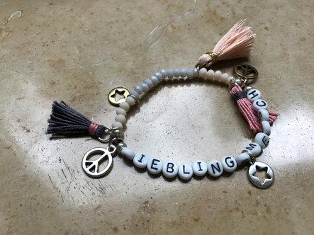 Schmuck Workshop Namens Armband mit Buch