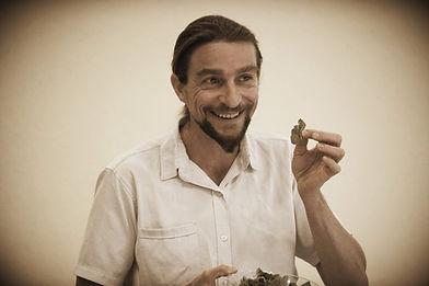 יגאל קוטין, רפואה טבעית, תזונה