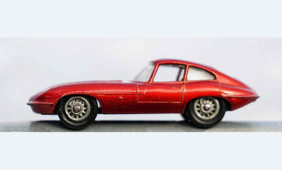 Single red E-Type | Acrylglas | limitierte Auflage | 46 x 137 cm