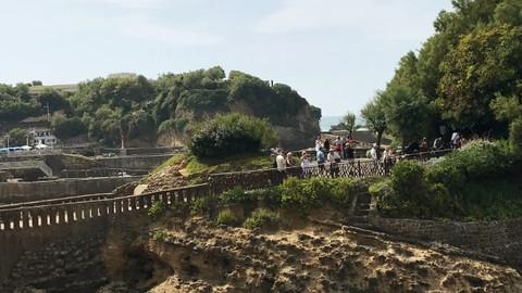 Biarritz, Sant Joan y la integración paisajística