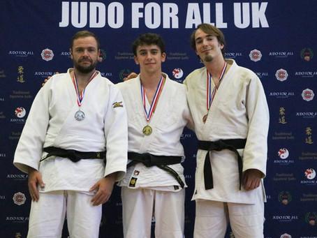 Sobell strike gold at Ne-Waza Championships