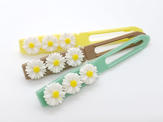 White Daisies top Knot barrette clip for dogs