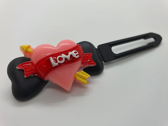 Valentine Limited Edition Cupid Heart on 4.5cm black Clip
