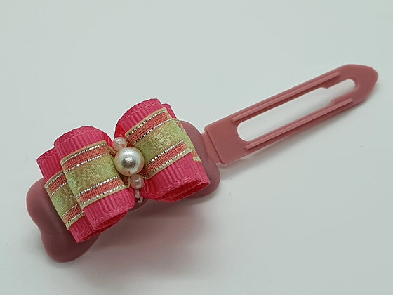 Pink & Green Pearl bow on a 4.5cm clip