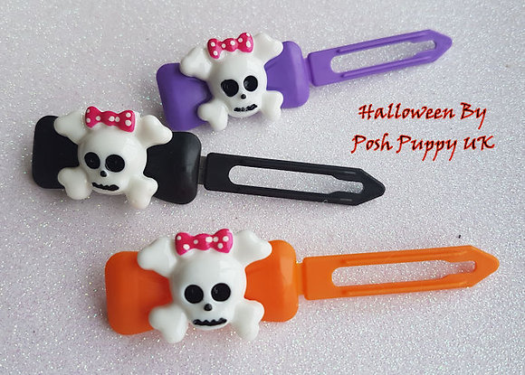White Skull by Posh Puppy Top Knot barrettes