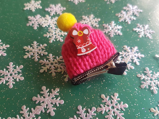 Woolly Bobble Hat Alligator clip