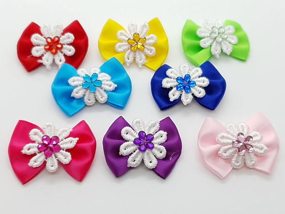 Gem on a White Snowflake Coloured Top Elastic Bow