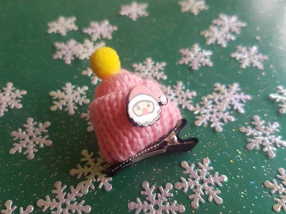 Woolly Bobble Hat Alligator clip