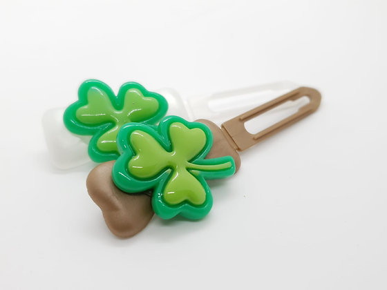 Large Green Clover (Choose your own colour and Clip Size)