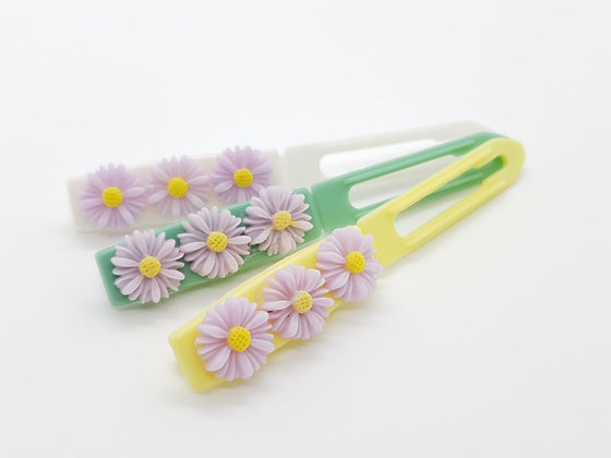 Lilac Daisys top Knot barrette clip for dogs