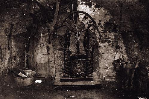 The Devil's Throne I