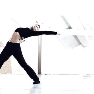 dancer jenny graphic.jpg