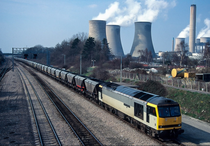60098 at Didcot Avonmouth junction