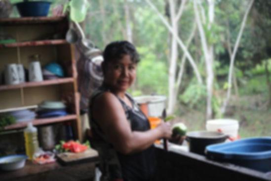 Amazon rainforest mamaycuna lodge retreat Loreto Iquitos Bélen Maynas Perú Amazon RIver, Itaya River, Cabo Lope, Participaci
