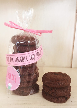 double dark chocolate chip cookies *v*