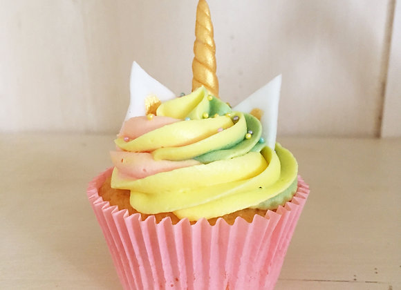 12 Unicorn Maxi Cupcakes