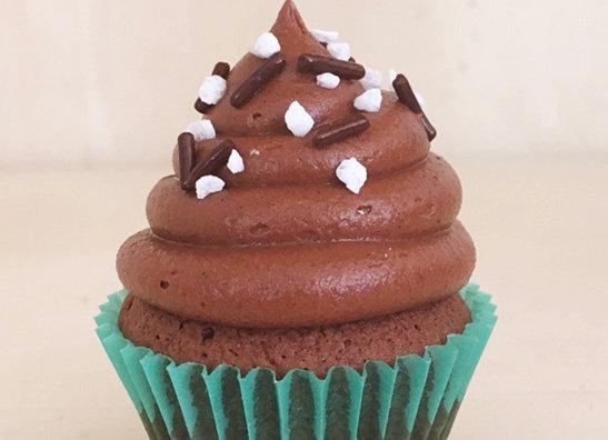 12 Choco Maxi Cupcakes