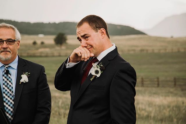 ❤️The grooms reaction to his bride gets