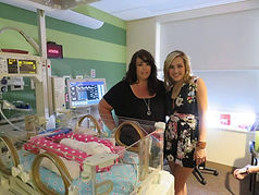mary sarah in nicu with mother