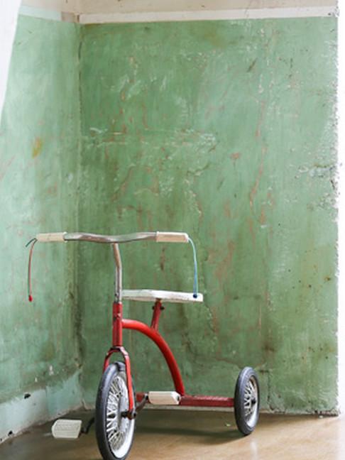 tricycle rouge pour enfant