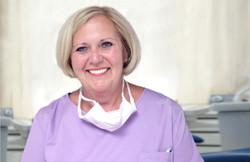 Dentalassistentin Barbara Gaede