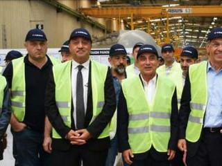 """AND Yönetim Kurulu ve üyeleri   Türk treyler sektörünün öncü kuruluşlarından TIRSAN'da düzenlenen """"A"""