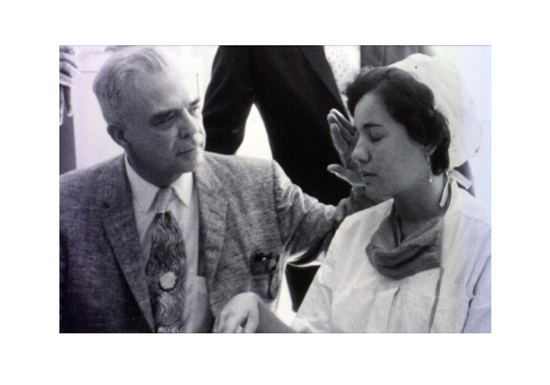 Capture Milton Erickson en Hypnose.PNG