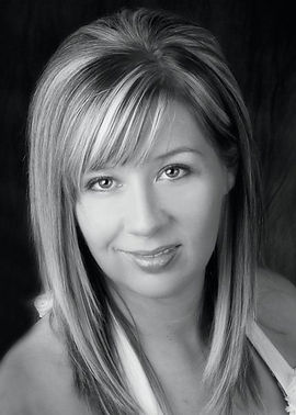 Paranormal Romance Author Amy Bol