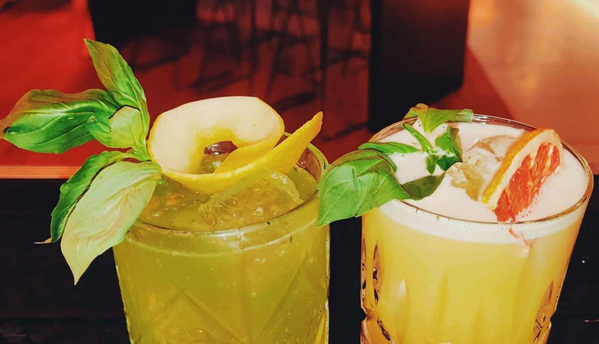 Gin-Basil-Smash & White Basil