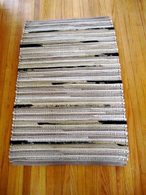 Handwoven wool rug 2 x 3