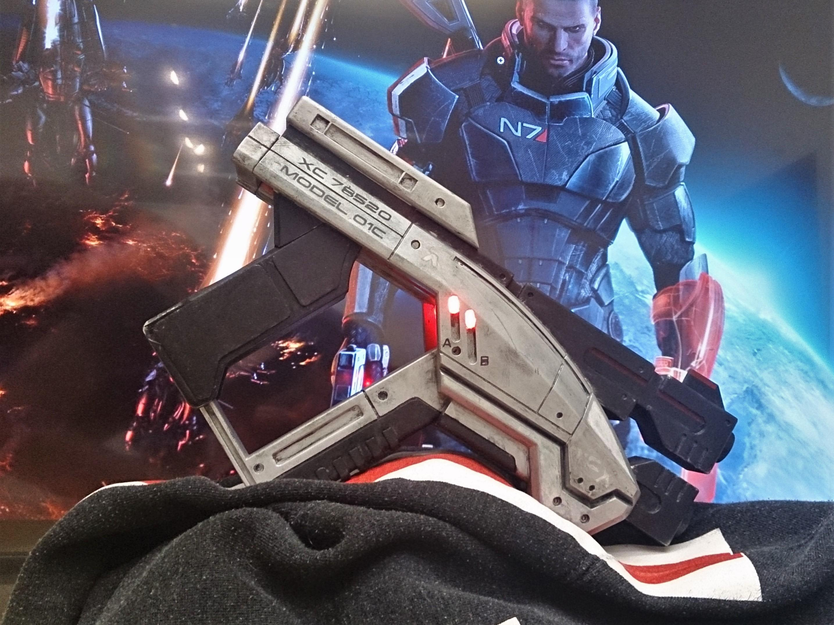 Folding Mass Effect Pistol