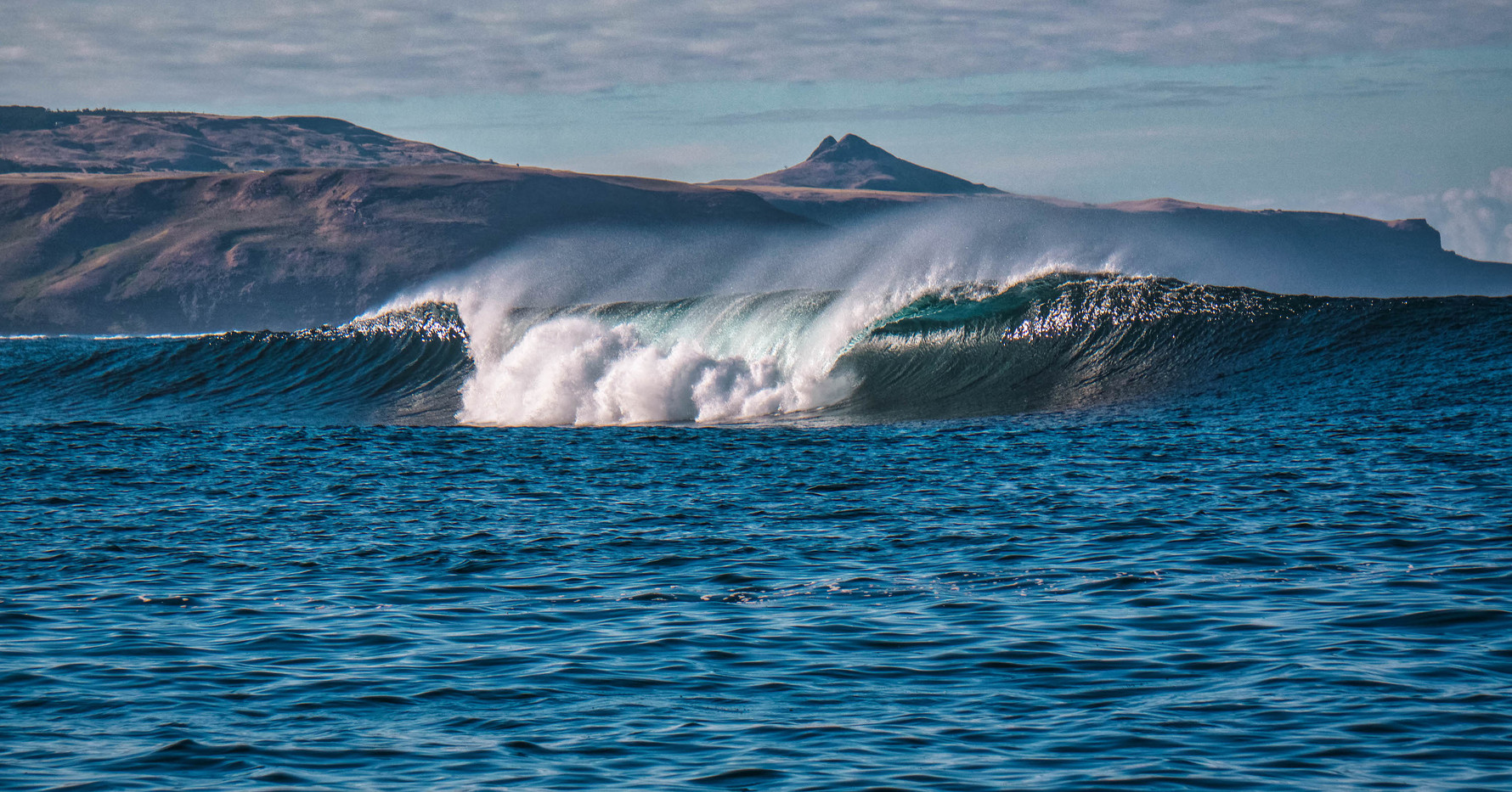 Chatham Islands Wave.jpg