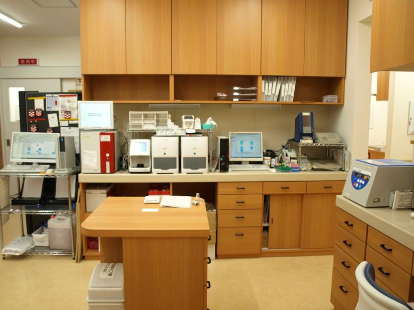 やさか動物病院 検査室