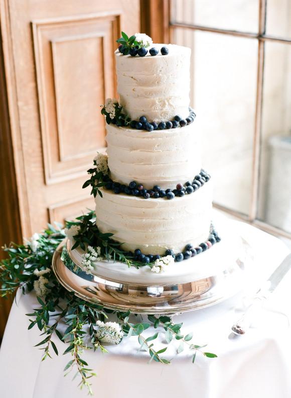 Foliage wedding cake