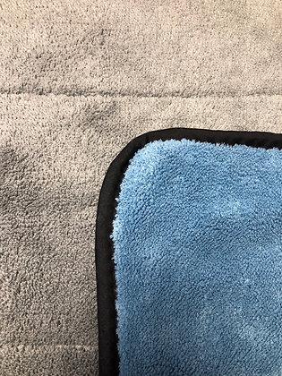 Budget Dense Pile Luxurious Microfibre Towel 35x30cm