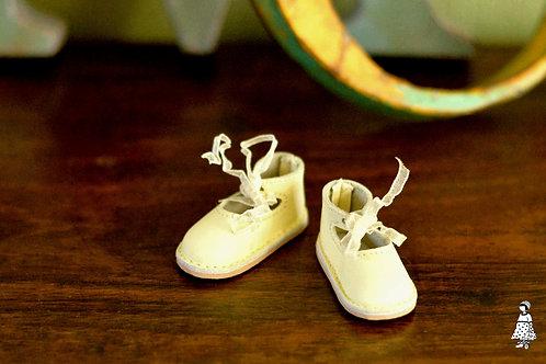 Bélise/ Babies jaunes pâles