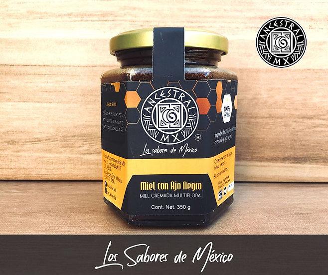 Miel con ajo negro
