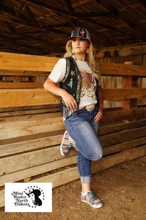 """""""Queen of the Rodeo"""" Steel"""