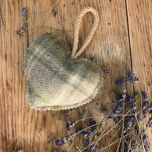 Lichen Tweed Lavender Heart
