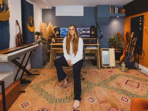 Charlotte Wessels charló con nosotros acerca de su nuevo disco