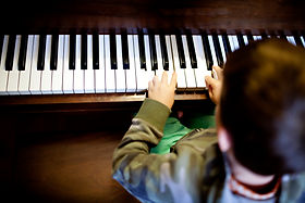 rock-music-musical-instrument-piano-boy-
