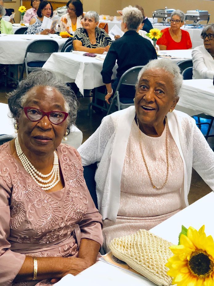 Virginia Perry and Dorothy Smith