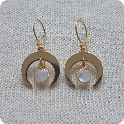 Rainbow Moonstone - Gold