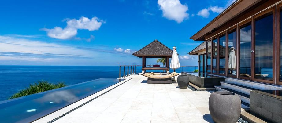 Hotéis para se conhecer em 2021: The Edge Luxury Villa Resort (Bali, Indonésia).