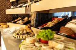 Hotel Praia Centro - Buffet - Café da manhã