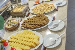 Maceió Atlantic Suites- Buffet - Café da manhã