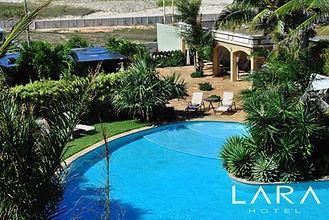 Lara Hotel - Área externa (1).jpg